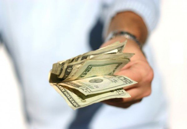 handing-over-moneyWEB