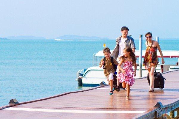 misc-family-travelteam