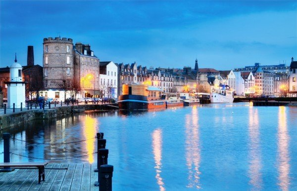 scotland-edinburgh1-travelteam