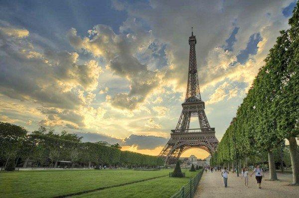 gate 1 paris france eiffel tower