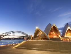 sydney harbor qantas australia opera house
