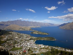 queenstown-summer-aerial-view-of-towndestination-queenstown-official-site-new-zealand