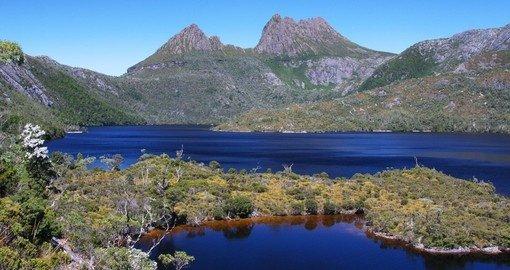 cradle mountain dove lake tasmania go away