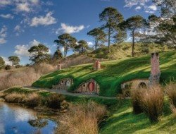hobbiton-lord-of-rings-go-away-new-zealand