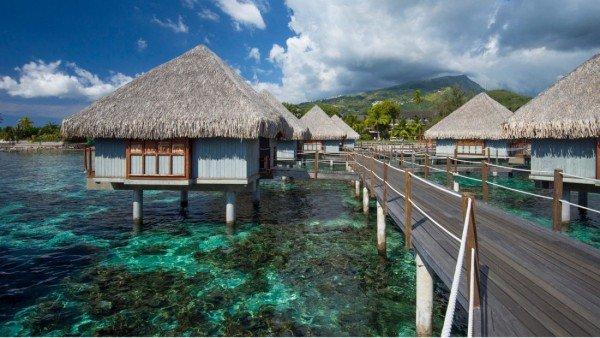 le-meridian-tahiti-overwater-bungalows-path