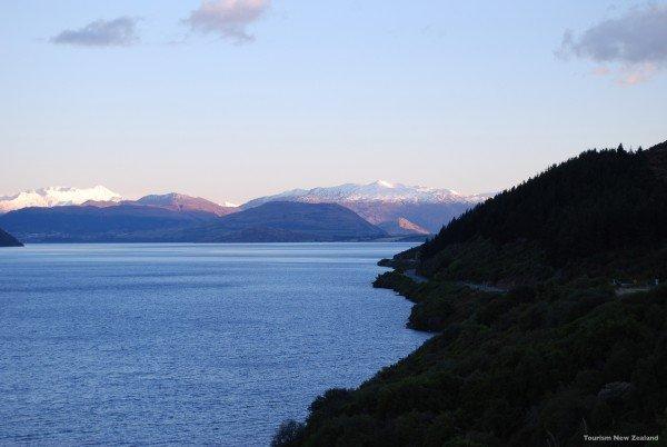 l358-lake-wakatipu-queenstown-tourism-new-zealand
