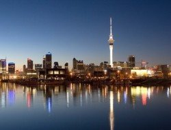 auckland-city-skyline-go-away-new-zealand-2