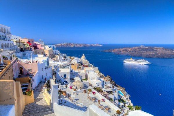 greece-santorini2-travelteam