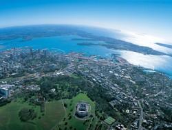 NZ AUckland islnds in sun 6 day
